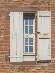 Palais de l'Archevêché ou de la Berbie - English: Window of the outbuildings of the Palais de la Berbie in Albi, Tarn, France