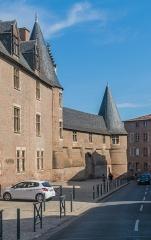 Palais de l'Archevêché ou de la Berbie - English: Palais de la Berbie in Albi (Courtain of Bernard de Castanet and tower of the octagon), Tarn, France