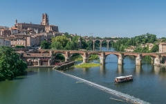 Vieux pont - English: Vieux Pont and Saint Cecilia Cathedral of Albi, Tarn, France        This place is a UNESCO World Heritage Site, listed as Cité épiscopale d'Albi.  العربية | Asturianu | Беларуская | Беларуская (тарашкевіца) | বাংলা | Català | Čeština | Dansk | Deutsch | English | Español | Euskara | فارسی | Français | עברית | Hrvatski | Magyar | Italiano | 日本語 | 한국어 | Latviešu | Македонски | മലയാളം | مازِرونی | Nederlands | Polski | Português | Русский | Slovenčina | Slovenščina | Türkçe | Українська | Tagalog | Tiếng Việt | 中文(简体) | 中文(繁體) | +/−          This building is classé au titre des Monuments Historiques. It is indexed in the Base Mérimée, a database of architectural heritage maintained by the French Ministry of Culture, under the reference PA00095453 .  বাংলা | brezhoneg | català | Deutsch | Ελληνικά | English | Esperanto | español | euskara | suomi | français | magyar | italiano | 日本語 | македонски | Nederlands | português | português do Brasil | română | русский | sicilianu | svenska | українська | +/−