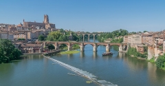 Vieux pont - English: Vieux Pont and Saint Cecilia Cathedral of Albi, Tarn, France        This place is a UNESCO World Heritage Site, listed as Cité épiscopale d'Albi.  العربية | asturianu | беларуская | беларуская (тарашкевіца)‎ | বাংলা | català | čeština | dansk | Deutsch | English | español | euskara | فارسی | français | עברית | hrvatski | magyar | italiano | 日本語 | 한국어 | latviešu | македонски | മലയാളം | مازِرونی | Nederlands | polski | português | português do Brasil | română | русский | sicilianu | slovenčina | slovenščina | Türkçe | українська | Tiếng Việt | 中文 | 中文(中国大陆)‎ | 中文(简体)‎ | 中文(繁體)‎ | 中文(台灣)‎ | +/−          This building is classé au titre des Monuments Historiques. It is indexed in the Base Mérimée, a database of architectural heritage maintained by the French Ministry of Culture, under the reference PA00095453 .  беларуская (тарашкевіца)‎ | বাংলা | brezhoneg | català | Deutsch | Ελληνικά | English | Esperanto | español | euskara | suomi | français | magyar | italiano | 日本語 | македонски | Nederlands | português | português do Brasil | română | русский | sicilianu | svenska | українська | العربيَّة | +/−