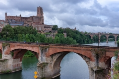 Vieux pont - Français:   Albi - Vieux pont et cathédrale