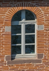 Vermicellerie - English: Window of the vermicellery of Albi, Tarn, France