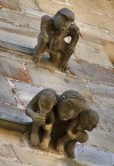 Maison du Grand Veneur - Maison du Grand Veneur, détail de la façade: singes (symboles de l'extravagance)