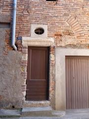 Maison - Français:   Maison à 13 rue de la Courtade - Rue d\'Anguille, Gaillac