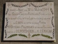 Ancienne prison - Français:   Plaque à l\'exterieur de Prison de Gaillac, 2 place Jean Moulin