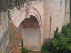 Pont sur l'Agout - Français:   Pont Saint-Roch de Lavaur