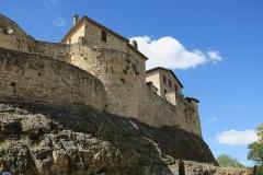 Deuxième porte de l'Irissou et ses deux tours d'enceinte - English: Puycelsi. City walls. Wall to the North of the Irissou gate.
