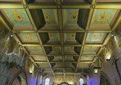 Eglise Saint-Martin - English:  Church of St. Martin in Finhan, Tarn-et-Garonne France - Coffering on the ceiling