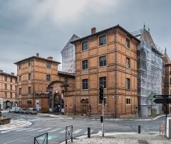 Ancien palais épiscopal, ancien Hôtel de ville, actuellement musée Ingres - English: Museum Ingres in Montauban, Tarn-et-Garonne, France