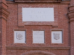 Place Nationale - English:  Place Nationale, Memorial Plaque, the 800th anniversary of the founding of Montauban, Tarn et Garonne, France.