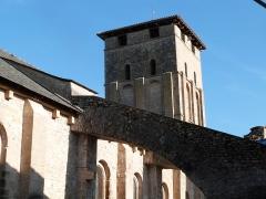 Eglise Saint-Vincent - Français:   Église Saint-Pierre de Varen (Classé)