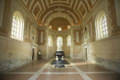 Château d'Anet - La chapelle funéraire  fut commandée par Diane de Poitiers elle-même, en 1565 soit un an avant sa mort. Elle fut consacrée en 1577