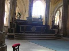 Eglise Saint-Pierre - Intérieur de l'église Saint-Pierre de Chartres (Eure-et-Loir, France): maître-autel