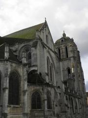 Eglise Saint-Pierre - Église Saint-Pierre de Dreux (28). Flanc nord.