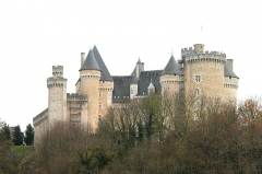 Château du Chabenet - This building is inscrit au titre des monuments historiques de la France. It is indexed in the base Mérimée, a database of architectural heritage maintained by the French Ministry of Culture,under the reference PA00097431 .