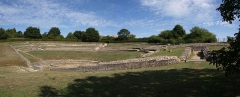 Vestiges de l'amphithéâtre gallo-romain - Français:   Amphithéâtre gallo-romain