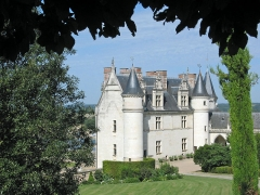Château - This building is classé au titre des Monuments Historiques. It is indexed in the Base Mérimée, a database of architectural heritage maintained by the French Ministry of Culture,under the reference PA00097503 .