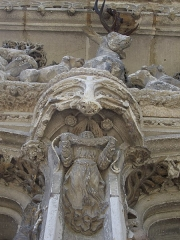 Château - Chapelle Saint-Hubert du château royal d'Amboise (Indre-et-Loire, France), tympan
