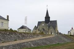 Eglise paroissiale de la Translation de Saint-Martin - Français:   Église de la Translation de Saint-Martin à La Chapelle-sur-Loire, vue depuis les quais de la Loire.