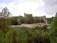 Ruines du donjon d'Etableaux - Français:   PA00097769