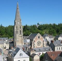 Eglise paroissiale Saint-Jean-Baptiste - Église paroissiale Saint-Jean-Baptiste de Langeais, vue depuis le château