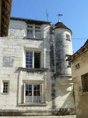 Ancien Hôtel de ville - Français:   Ancien hôtel de ville de Preuilly-sur-Claise (XVIe), logis du prêche protestant