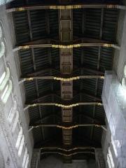 Basilique Saint-Martin - Intérieur de la basilique Saint-Martin de Tours (Indre-et-Loire, France), charpente