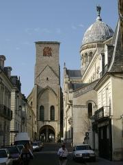 Basilique Saint-Martin - English: Tour Charlemagne, in Tours.