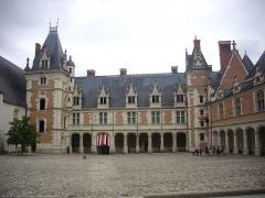 Château de Blois - Château royal de Blois (Loir-et-Cher, France): côté ouest de l'aile Louis XII