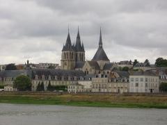 Eglise Saint-Nicolas-Saint-Lomer - Église Saint-Nicolas de Blois (Loir-et-Cher, France), vue depuis le quai Villebois-Mareuil