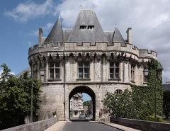 Ancienne porte Saint-Georges - Deutsch: Die Kleinstadt Vendôme im Département Loir-et-Cher/Frankreich - Porte Saint-Georges
