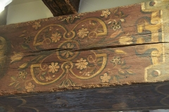 Ancien presbytère - English: Painted beams probably from the early seventeenth century, Vouzon, France