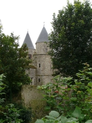Château de Courcelles-le-Roi - English: The castle of Courcelles (Loiret, Centre, France).