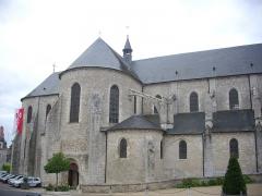 Eglise Saint-Liphard - Français:   Collégiale Saint-Liphard de Meung-sur-Loire (Loiret, France), façade nord