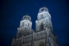 Cathédrale Sainte-Croix - English: Orléans Cathedral by night, 2016.