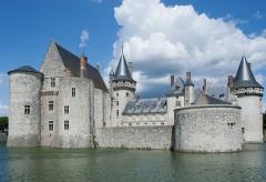 Château - English: Chateau de Sully sur Loire