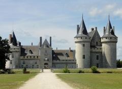 Château - Château de Sully-sur-Loire, Loiret, France