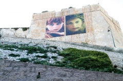 Citadelle - English: The side of the citadel in Bonifacio with two posters