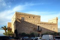 Château-fort -  Algajola, Balagne (Haute-Corse) - Le château fort d\'Algajola, U Castellu, a été construit au début du XVIe siècle pour être la résidence du gouverneur de Balagne pour Gênes jusqu\'en 1764.  Camera location42°36′33.52″N, 8°51′41.16″E  View this and other nearby images on: OpenStreetMap 42.609312;    8.861434