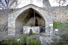 Lavoir communal - This building is inscrit au titre des monuments historiques de la France. It is indexed in the base Mérimée, a database of architectural heritage maintained by the French Ministry of Culture,under the reference PA00099205 .