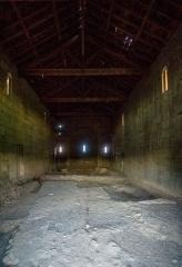 Chapelle de San-Perteo - English: Inside of San Parteo Church in Lucciana (Corsica) near the antique town of Mariana, taken from the western entrance.