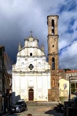 Eglise -  Piedicorte-di-Gaggio, Rogna (Corse) - Église Notre-Dame de l'Assomption du XIXe siècle. Le clocher dans lequel est incorporé un bas-relief provenant d'une ancienne église pisane, est classé Monument historique.