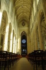 Eglise Saint-Gervais-Saint-Protais - Français:   Interieur de l\'abbaye de Gisors, qui est une commune francaise située en Haute-Normandie.