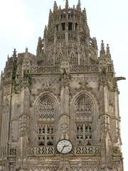 Eglise de la Madeleine - Français:   Sommet de la tour de l\'église de la Madeleine à Verneuil-sur-Avre