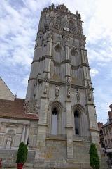Eglise de la Madeleine - Français:   Tour de l\'église de la Madeleine à Verneuil-sur-Avre, Eure, France