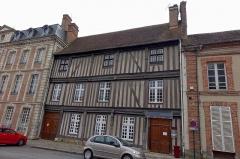Maison - Français:   Maison, 578 rue de la Madeleine, Verneuil-sur-Avre, Eure, France