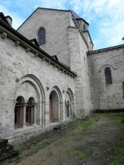 Ancienne abbaye - Français:   Abbatiale Saint-Pierre de Beaulieu-sur-Dordogne (19). Salle capitulaire et transept nord.