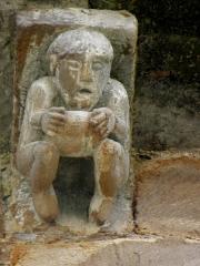 Ancienne abbaye - Français:   Abbatiale Saint-Pierre de Beaulieu-sur-Dordogne (19). Modillon du chevet.