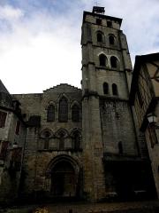 Ancienne abbaye - Français:   Abbatiale Saint-Pierre de Beaulieu-sur-Dordogne (19). Façade occidentale.