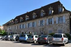 Immeuble du Bessol - Français:   Immeuble du Bessol à Beaulieu-sur-Dordogne, Corrèze, France